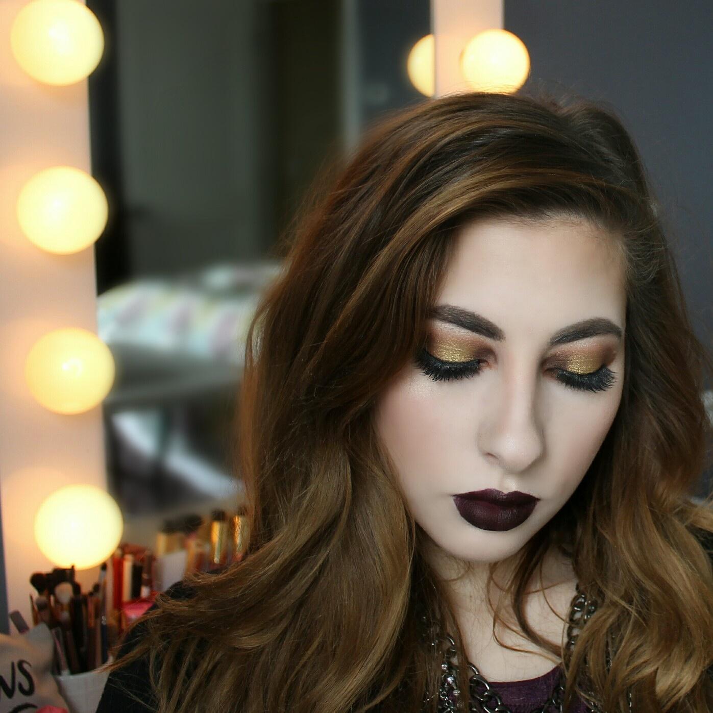 Golden Halo Eyeshadow Makeup