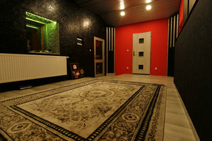 RED recording ROOM
