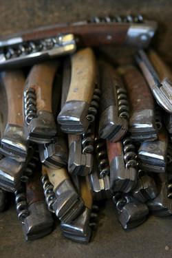 Couteaux en cours de fabrication