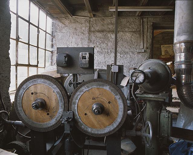 Machine à  lustrer