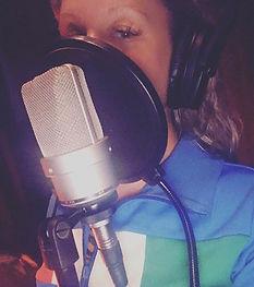 Happiness is 🎵🎧🎤 #music #singer #saga