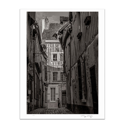 Old Town Joigny 2 Print