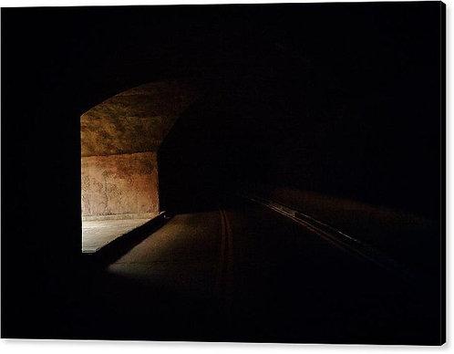 Tunnel Window