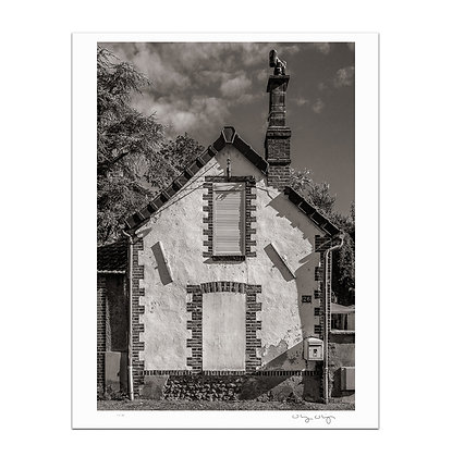 Old Town Joigny 3 Print