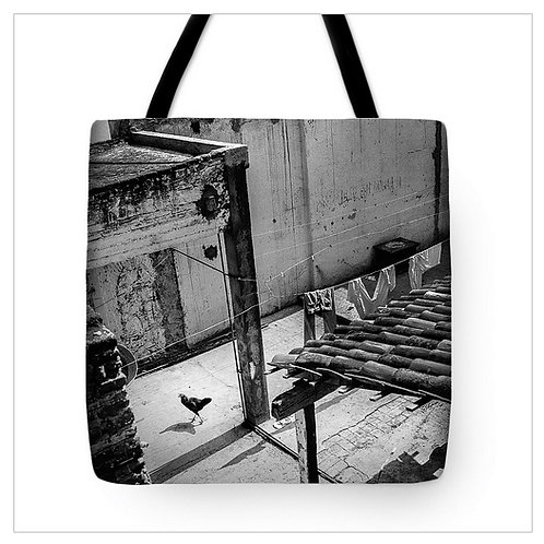 Chicken in the Yard Tote Bag
