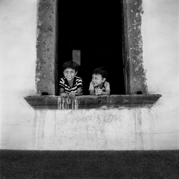 Kids-_Window_007-008v2.jpg