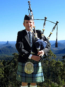 Gordon Ferguson Scottish Bagpiper Sunshine Coast Hinterland. Glass-house Mountains.