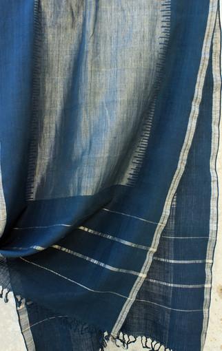 D. No. 168B- blue hanspun cotton with gold zari weft
