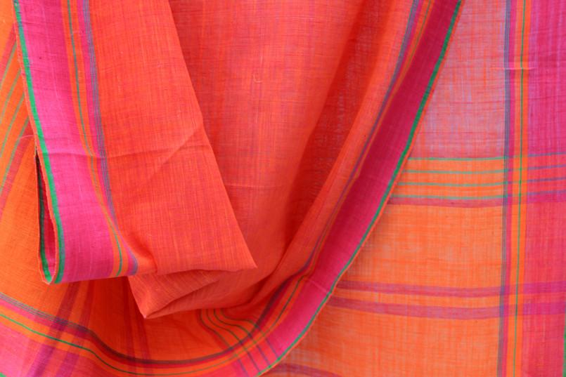 D.no- 16B/10- Plain shot orange body contrast borders