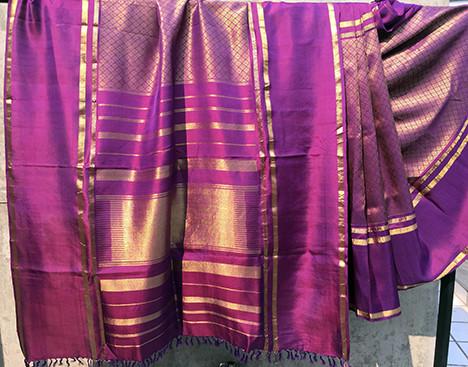 TM- 5A/323/15 - Low twist silk body with zari(metalic yarn) pattern