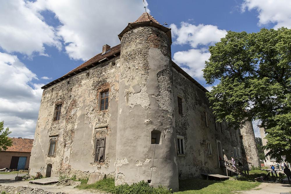Фестивали Закарпатья - Замок Сент-Миклош