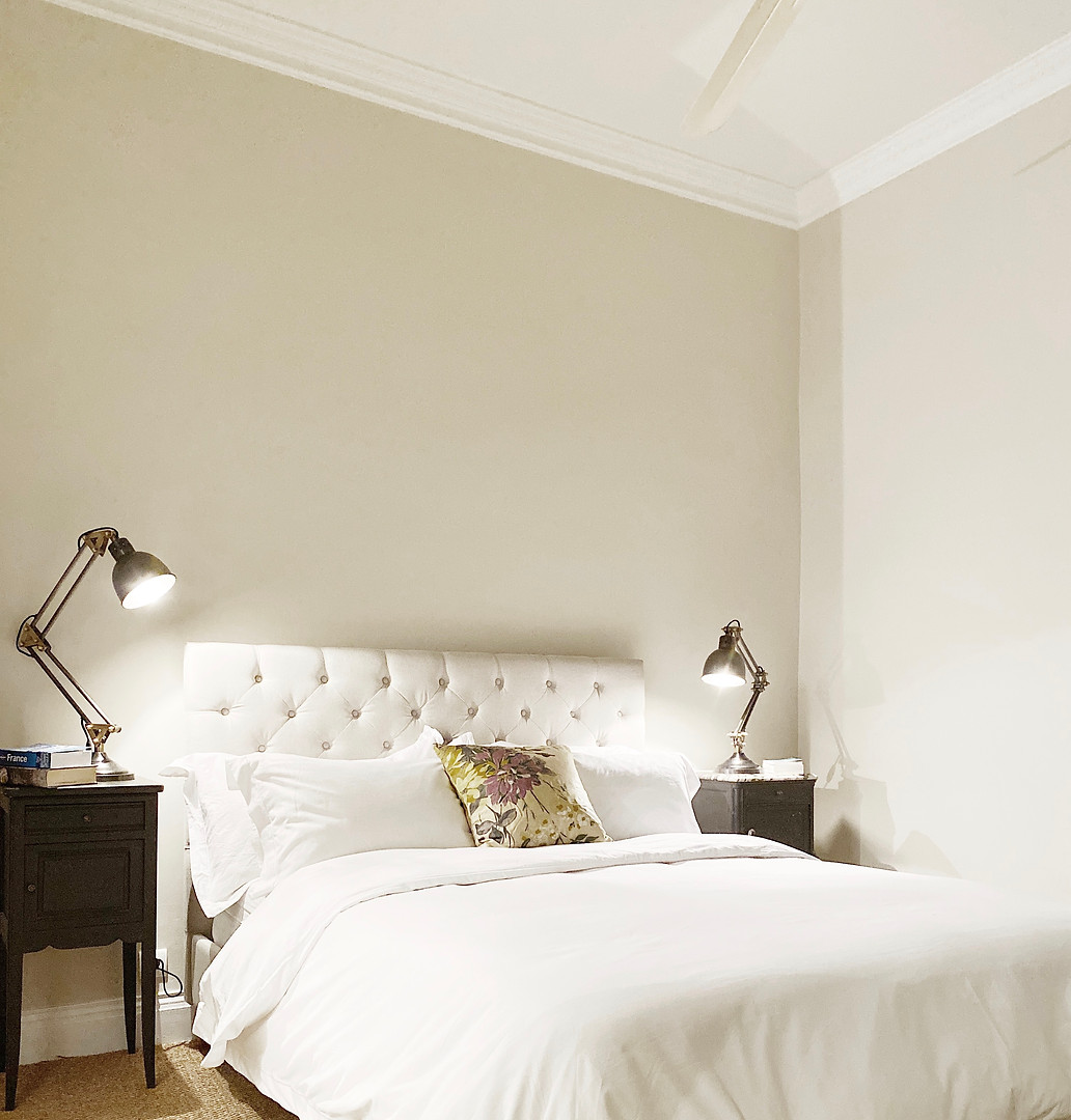 dix-dordogne-sainte-alvere-bedroom.jpg