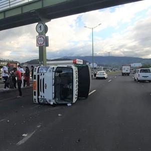 Volcamiento en Carabuela ECU 911 coordinó atención a personas afectadas