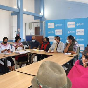 Gerente de la EMAPA-I, se reunió con  autoridades del GAD Parroquial Angochagua