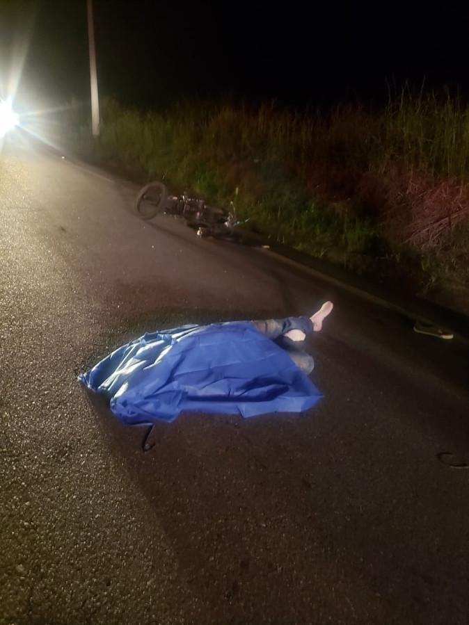 Un fallecido por choque de tres motos