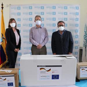 GIZ Ecuador donó a Yachay Tech insumos y reactivos