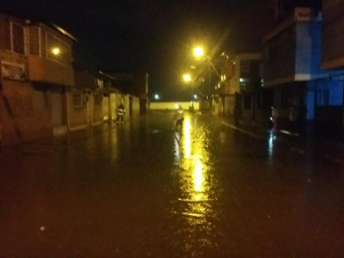 Lluvia generó varias emergencias en diferentes sectores de Ibarra