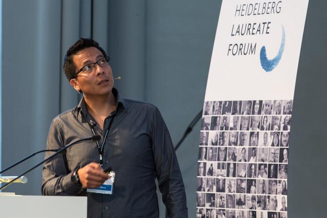 Otavaleño es el nuevo rector de Yachay Tech