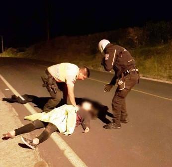 Acción oportuna de policías salva la vida de una mujer