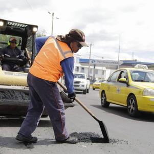 Crédito para mejoramiento vial de tres parroquias urbanas de Ibarra