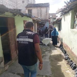 Ciudadanos extranjeros que vivían en barrio Monserrath en Otavalo fueron reubicados