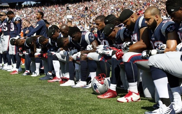 Patriots take a knee