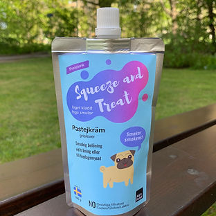 Squeeze and Treat dog treat
