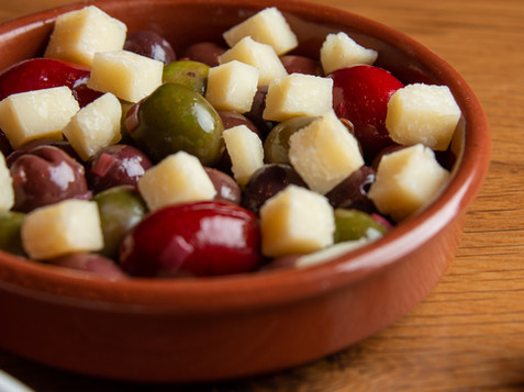OLIVES & CHEESE