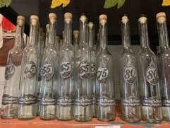Szülinapi borosüvegek