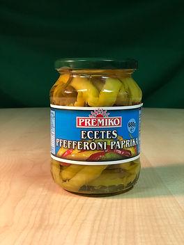 Pickled pfefferoni peppers