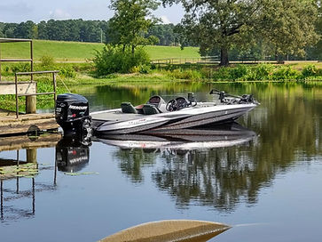 Wes boat.jpg