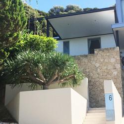 entrance impact, Swanbourne