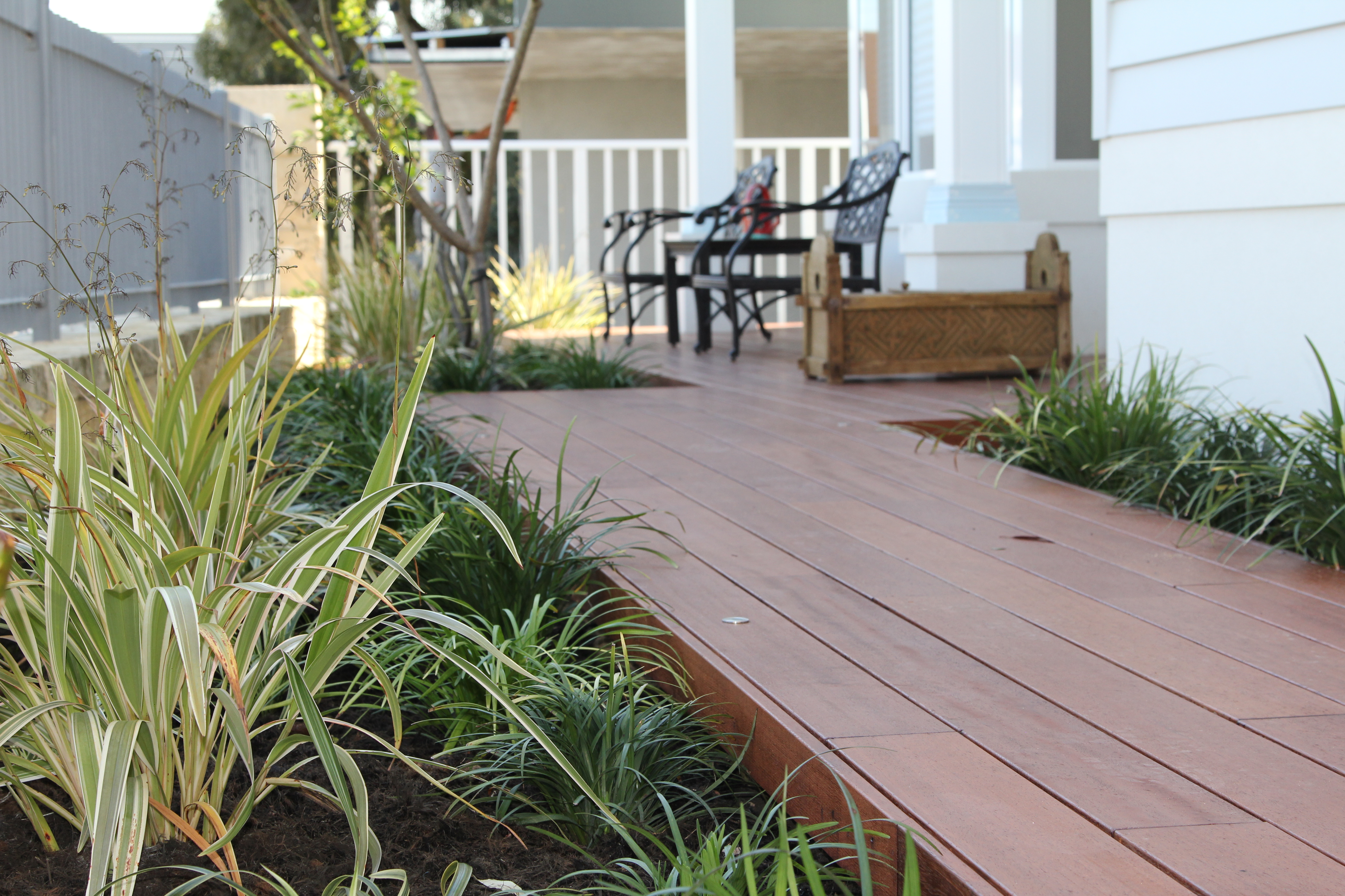 wrap-around decking, Swanbourne