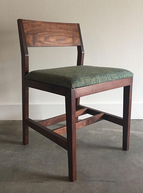 Voros Chair