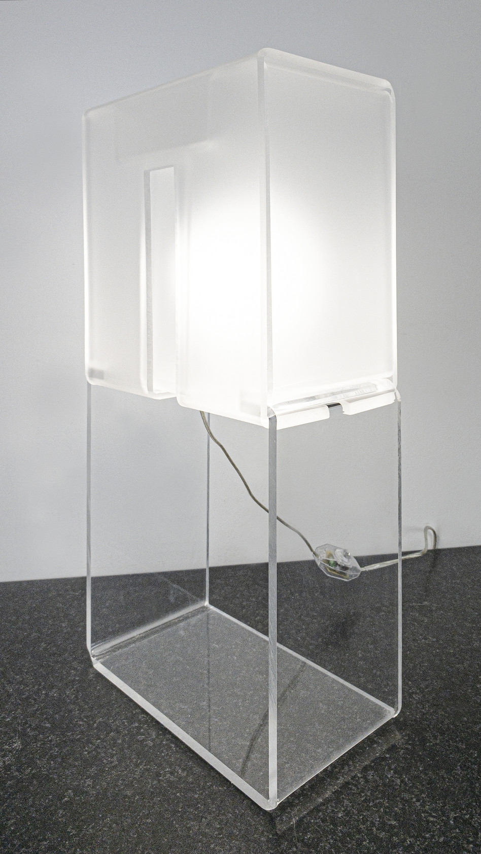 Lamp with window