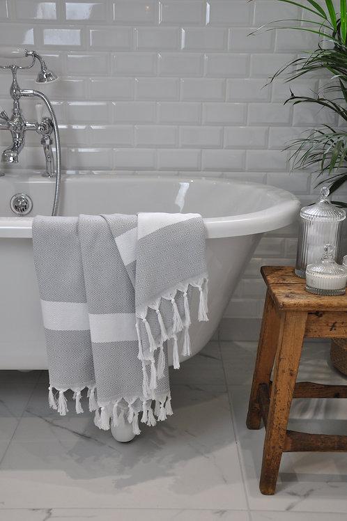 Izmir Silver & White Diamond Towel