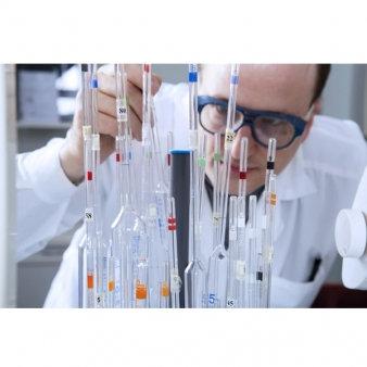 Laboratory Glassware Pipette