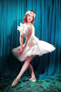 Photographer: Neil Kendall MUAH: The vintage beauty parlour