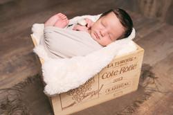 bébé caisse de vin