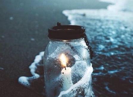 La Noche de Luz Azul Platino