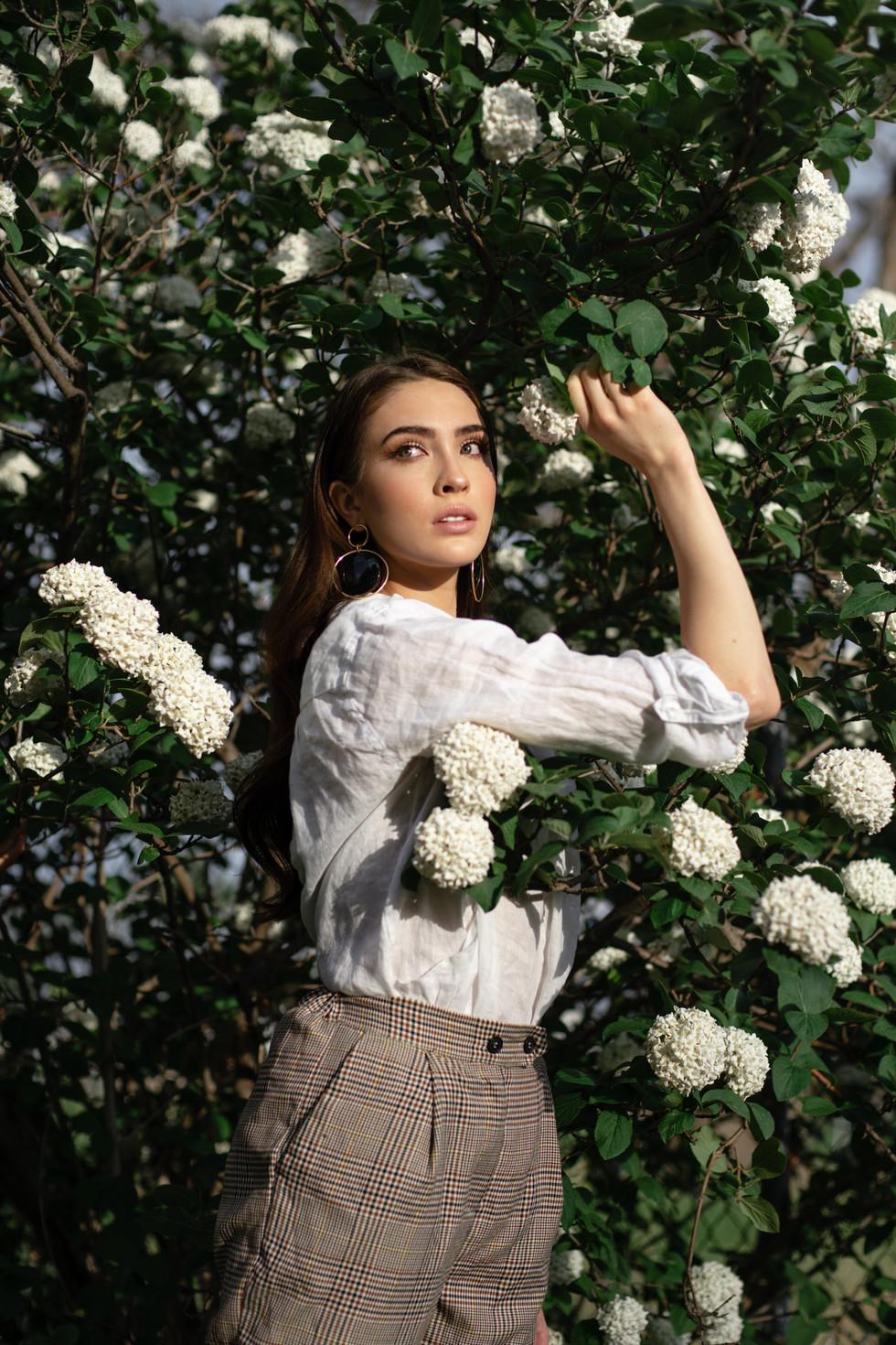 Annalise Johnson - The Girl in the Garden Editorial | Film | Fine Art