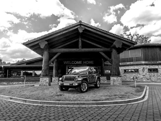 Weekly 21: Jeep meets Wood.