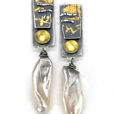 Biwa Pearl Stratum Earrings