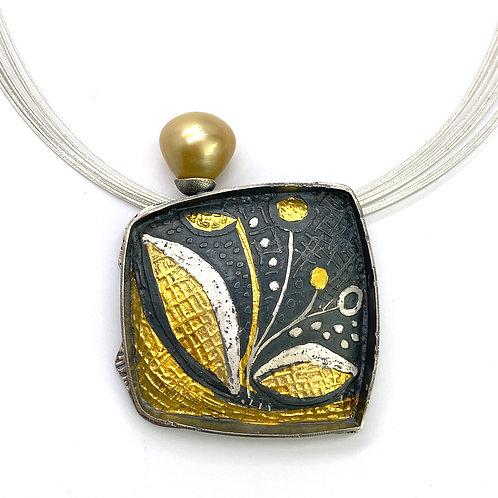 Golden South Seas Pearl Pendant