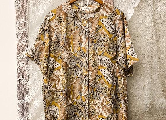 卡其豹葉紋短袖上衣