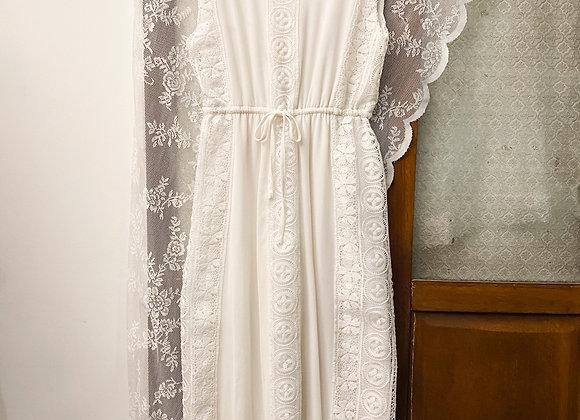 純白鈎針背心連身裙