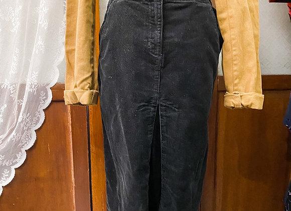 黑色登芯絨半截裙