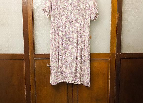 淡紫白花短袖娃娃裙