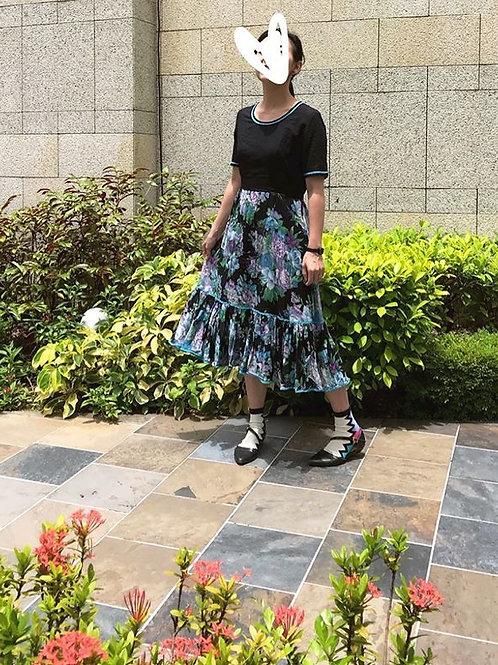黑藍大花連身裙