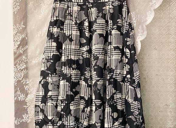 黑白格紋大花半截裙